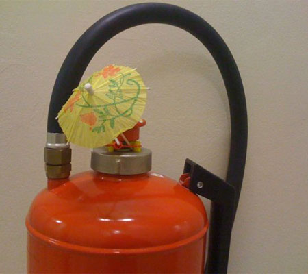Fire Extinguisher, a photo found on the blog from La Vie En Ville